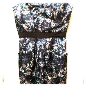 Max and Cleo strapless dress with pockets size 6